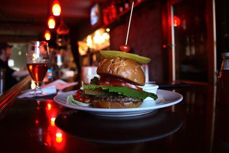 North Side Restaurant/Bar Business - Chicago
