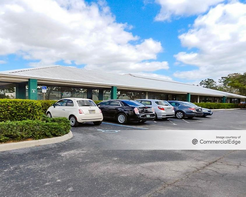 Collier Park of Commerce - 3050 Horseshoe Drive North