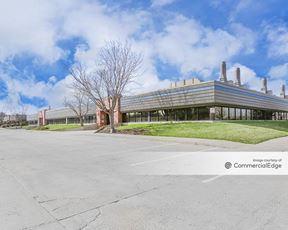 The Campus at Longmont - 2605 Trade Centre Avenue - Longmont