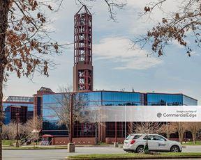Innsbrook Corporate Center - 5000 Dominion Blvd