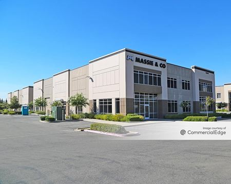 Lonetree Professional Center - 5800-5845 Lonetree Blvd - Rocklin