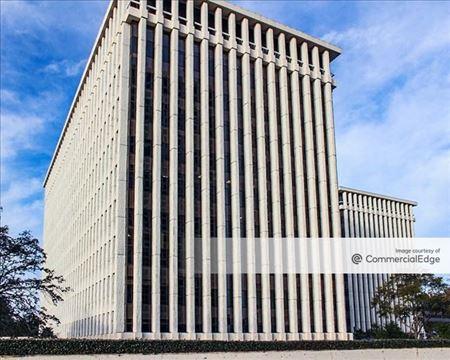 1 Greenway Plaza - Houston