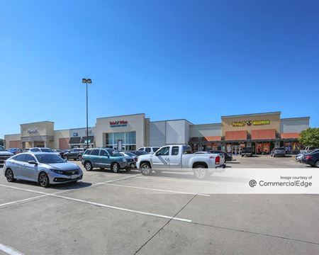 Plaza at Cedar Hill - Cedar Hill