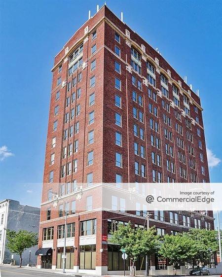 Mainmark Building Office & Data Center - Kansas City