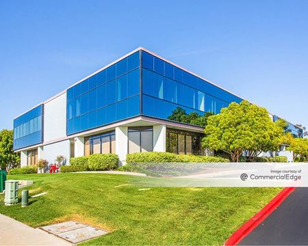 Vista View Plaza - San Diego