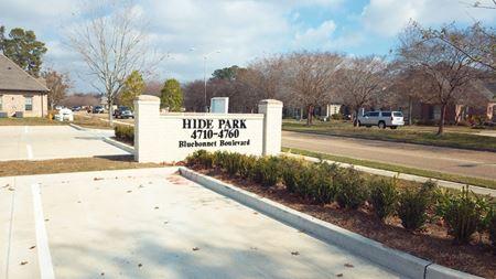 Hide Park at Bluebonnet - Baton Rouge