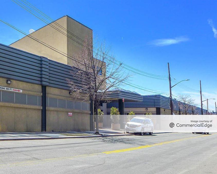 Queens Business Center