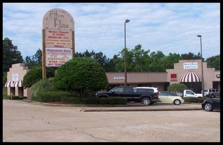 Elton Place Shopping Center - Jackson