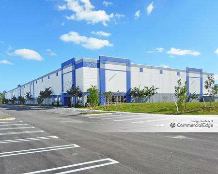 Eastview Commerce Center - Building 4 - Miami