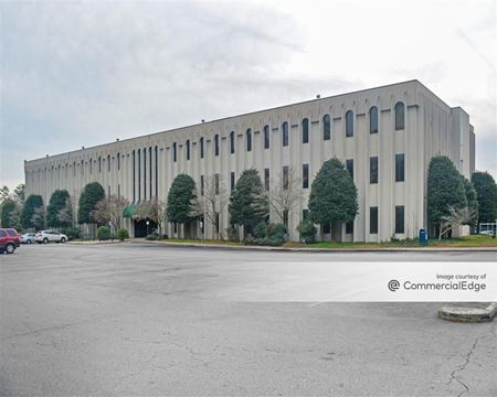 Parham 64 Building - Henrico