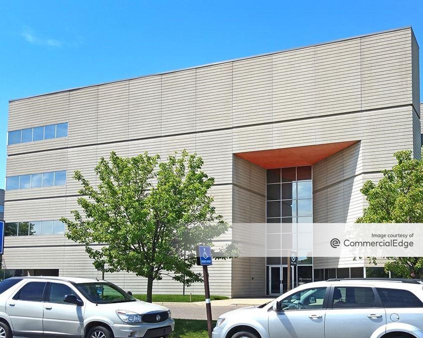 Omni Office Centre - 26899 Northwestern Hwy