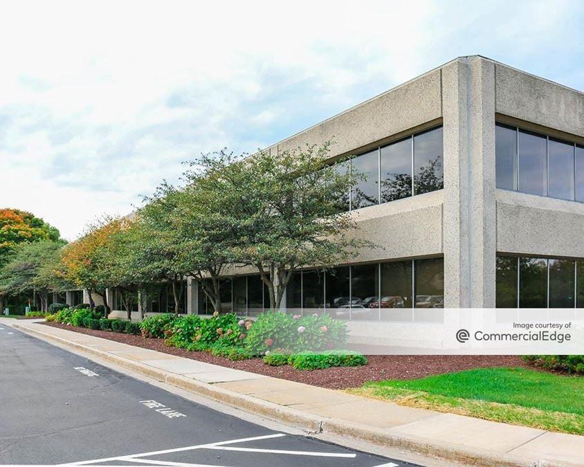 400 & 440 South Executive Drive