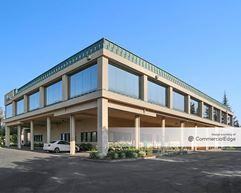 3120 Freeboard Drive - West Sacramento