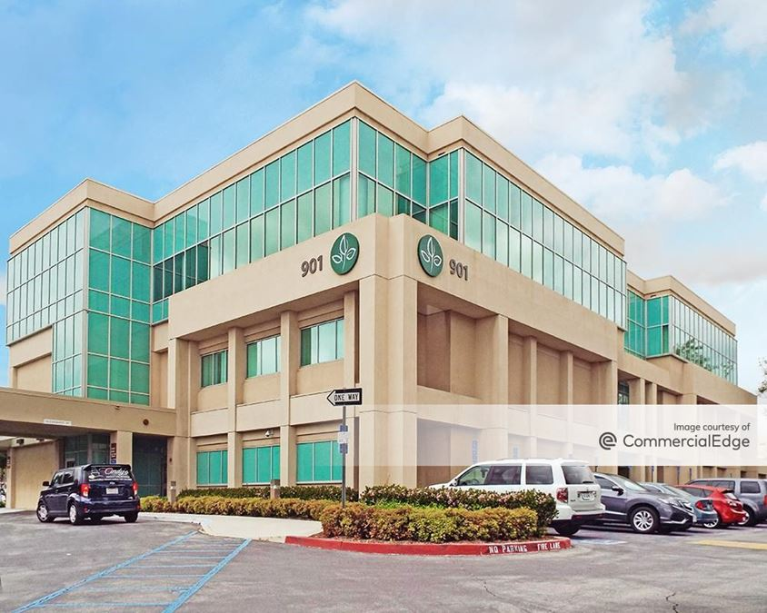 San Antonio Regional Hospital - 901 San Bernardino Road