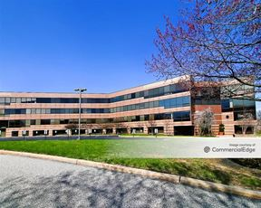 Lindenwood Corporate Center - Valleybrooke III