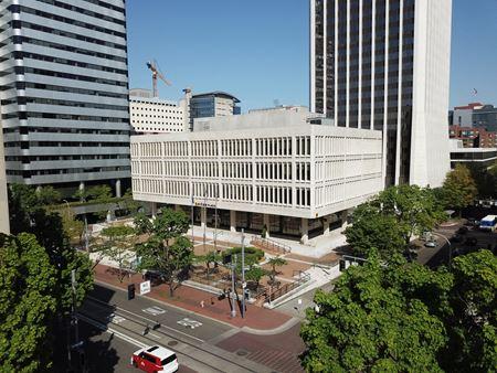 Unitus Plaza - Portland