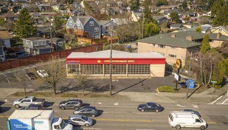 4457 Fauntleroy Way - Seattle