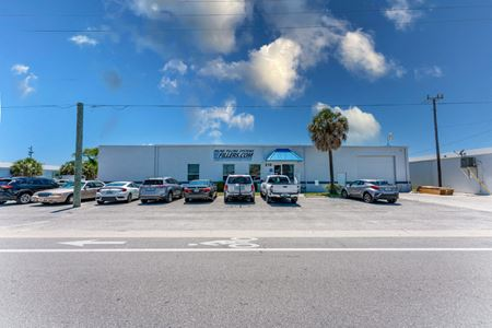 Investment Opportunity ~ Freestanding Building For Sale In Venice - Venice