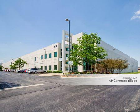 Belmont Business Center - Franklin Park