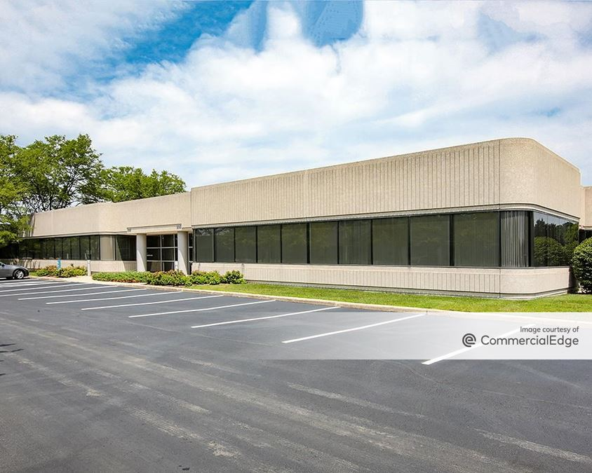 Dundee Place Corporate Center