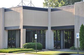 Nonconnah Corporate Center (flex/office)