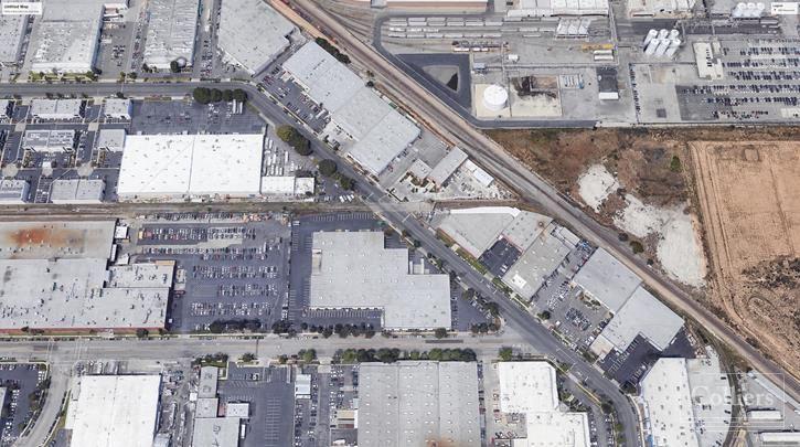 Attractive 10,000 SF Industrial Unit