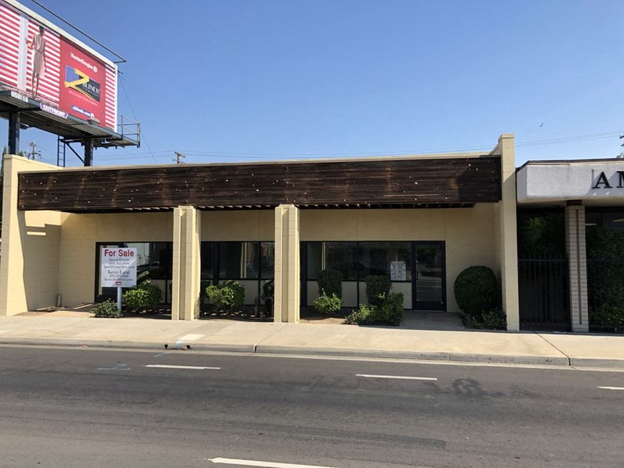 ±4,500 SF Fully Remodeled Office/Retail Building - Can Be Divided