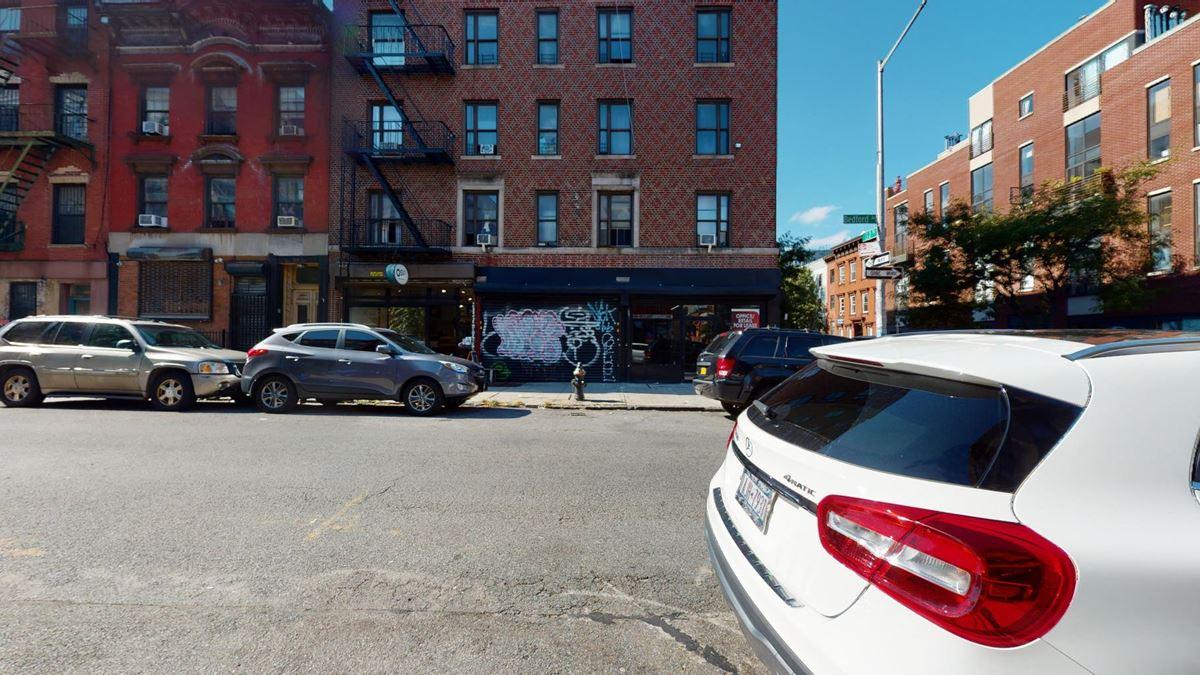 326 Bedford Ave Brooklyn