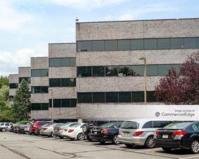 Fairfield 80 Office Center
