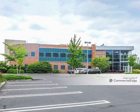 Crossways Corporate Park - 7600 Jericho Turnpike - Woodbury