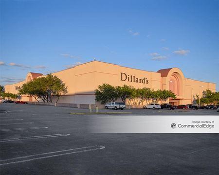 Hulen Mall - Dillard's - Fort Worth