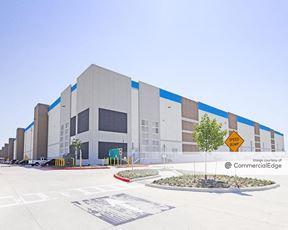 Commerce 30 - Building C