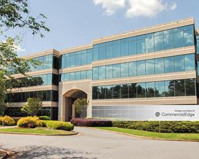 Spalding Triangle Office Park - 5335 Triangle Pkwy