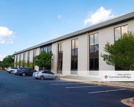 Austin Oaks - Bridgeport, Meredith & Benbrook - Austin