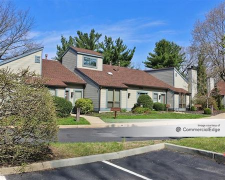 Executive Mews - Cherry Hill