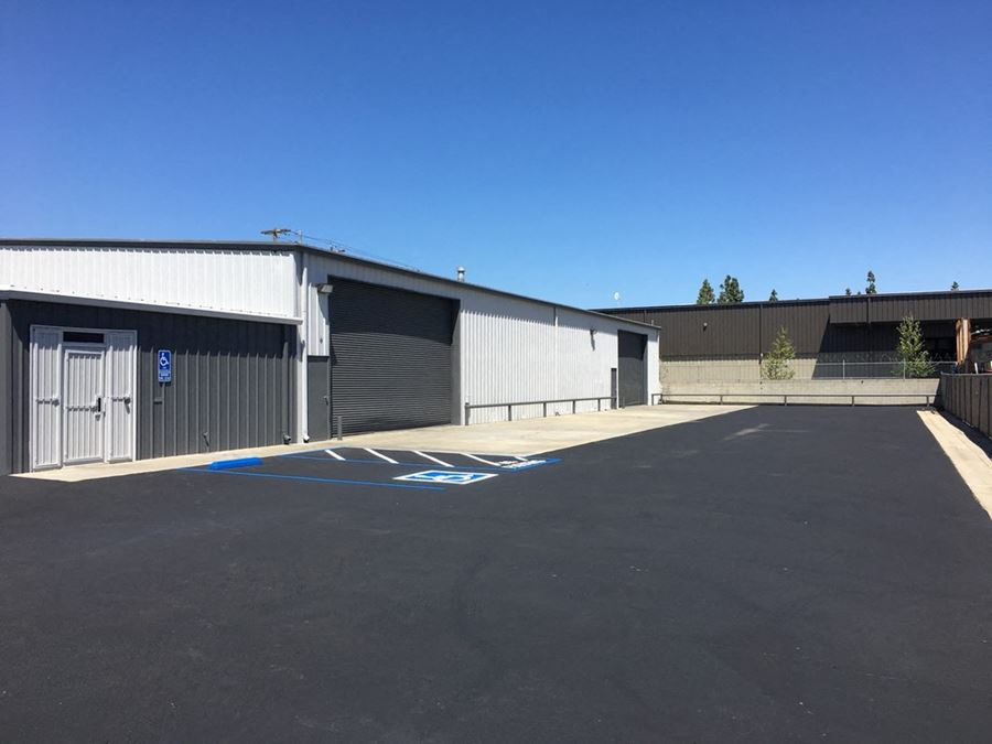 ±11,500 SF Freestanding Clear Span Building on 0.58 Acres