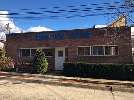 135 Haven Avenue - North Hempstead