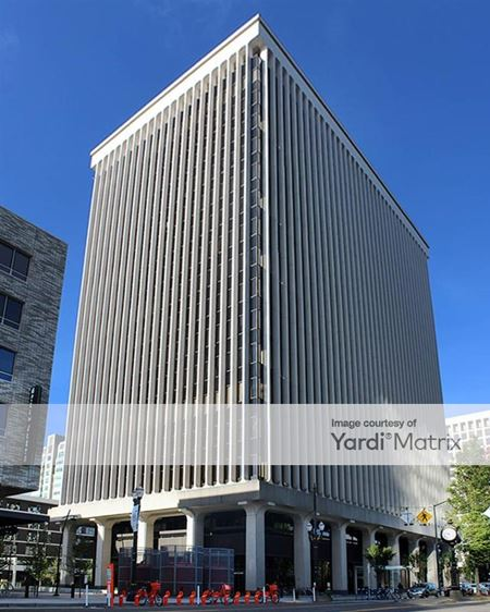 Lloyd 700 Building - Portland