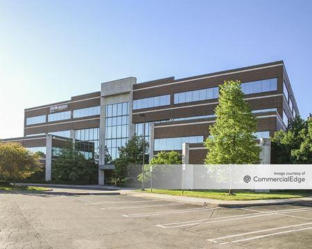 Oxford Pointe Office Center - Southfield