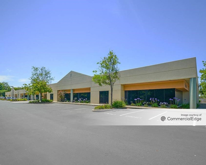 Airport Business Center - 133 Aviation Blvd
