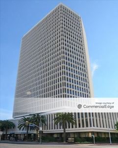 5670 Wilshire Blvd - Los Angeles