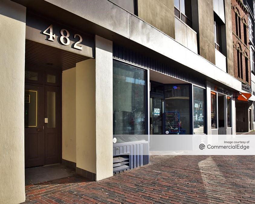 482 Congress Street