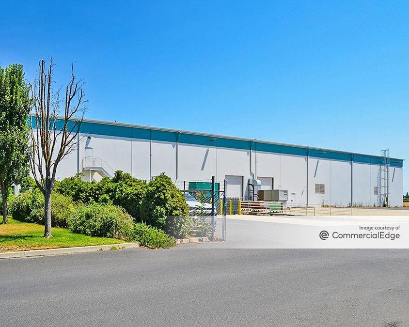 Beckman Industrial Park - 850 South Guild Avenue