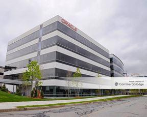 Oracle Campus - 6 Van de Graaff Drive