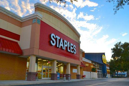 Shady Oaks Shopping Center - Ocala