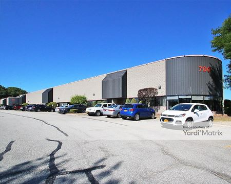 Northeast Business Center - 700 & 900 Corporate Blvd - Newburgh