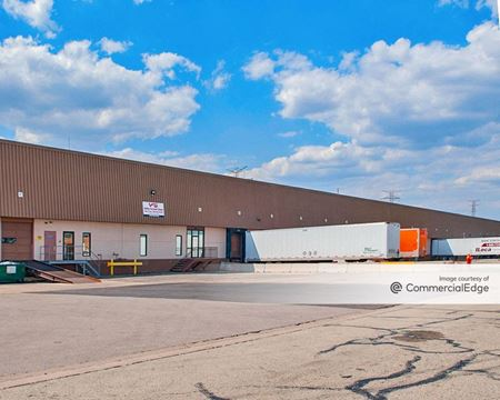 220-350 South Frontenac Road - Naperville