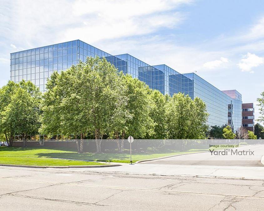400 Galleria Officentre