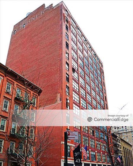 Media Arts Building - New York