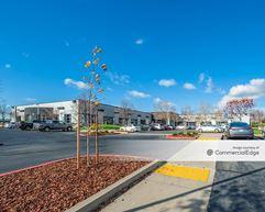 5750 West Oaks Blvd - Rocklin